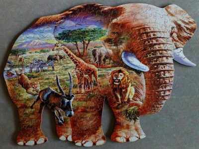 250 Elephant Savanna1.jpg